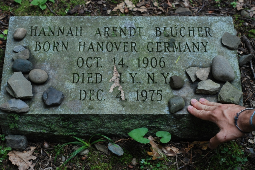 hannah_arendts_grave